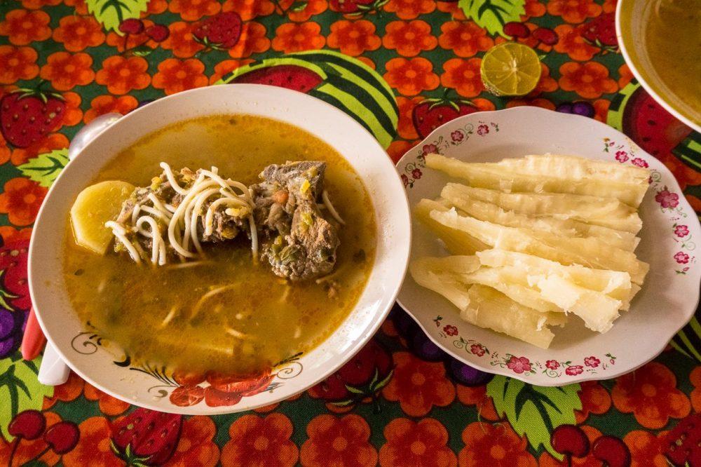 Caldo de carne y mandioca - Paraguay favorite recipes / Παραγουάη αγαπημένα πιάτα