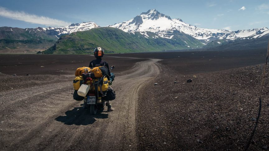 Surreal journey in Chile - Worldvespa